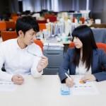 社内に何でも話せる味方を作ると長期的な就業が気楽に実現可能